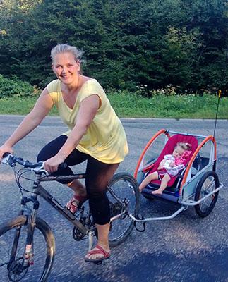 Chrystelle & Héloise à vélo